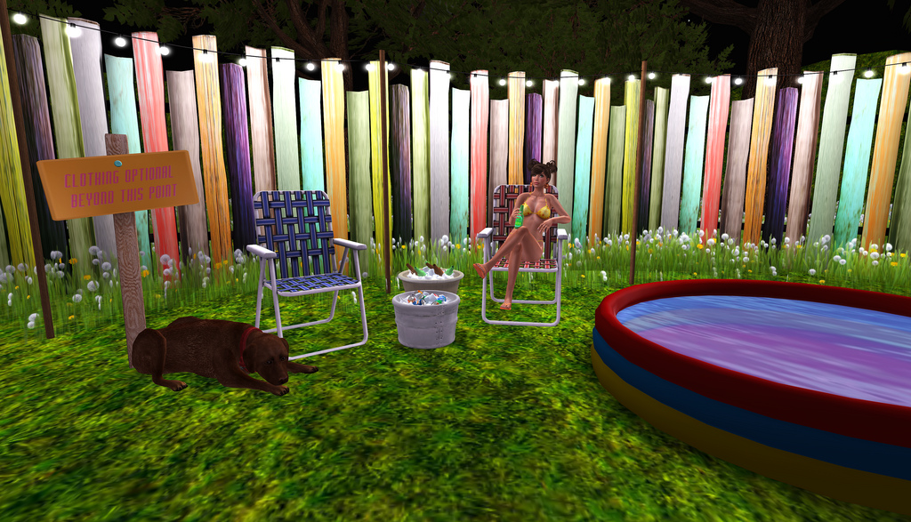 Backyard pool party my camilicious style for Garden pool party